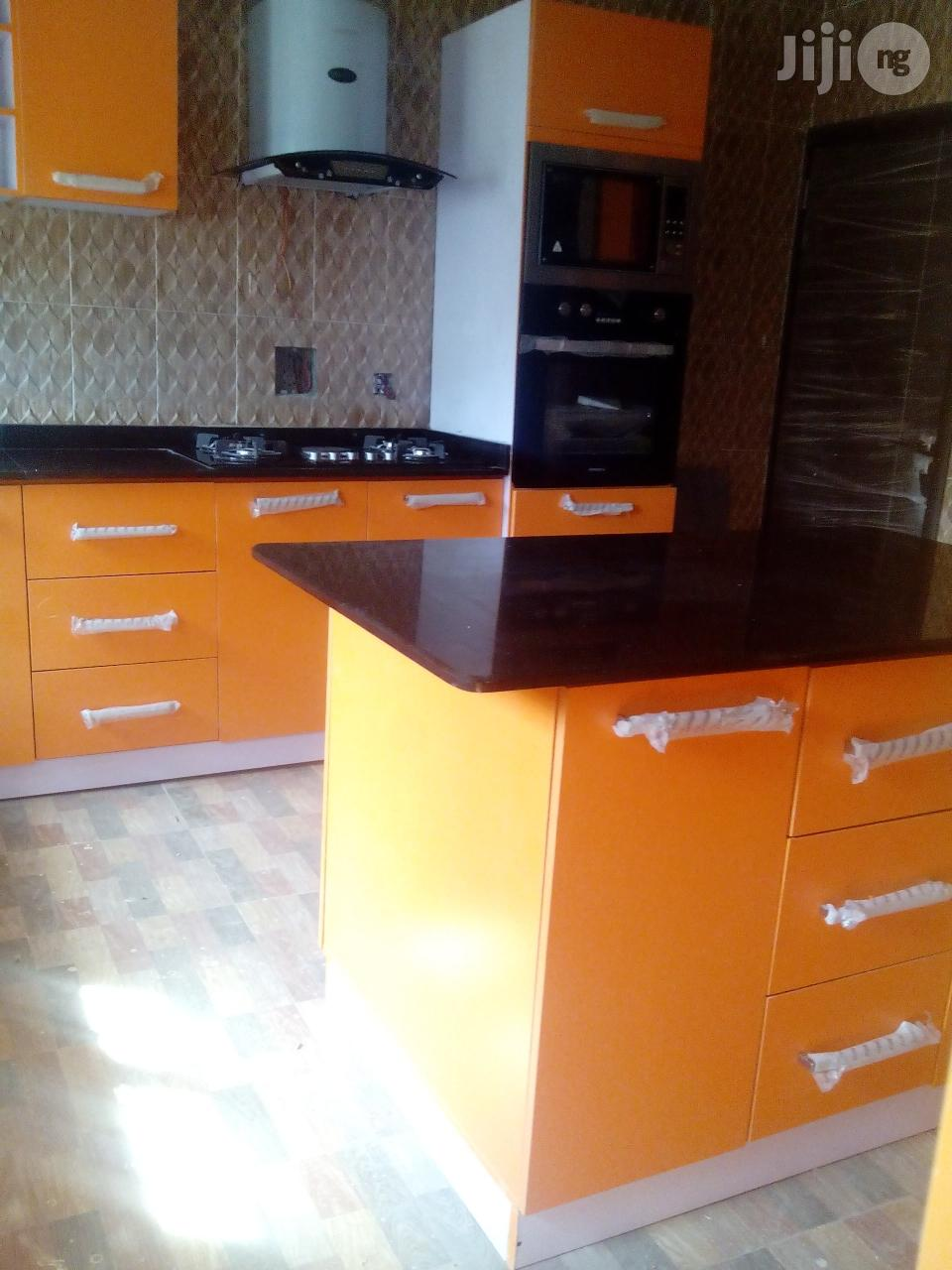 Quality Kitchen Cabinet | Furniture for sale in Mushin, Lagos State, Nigeria
