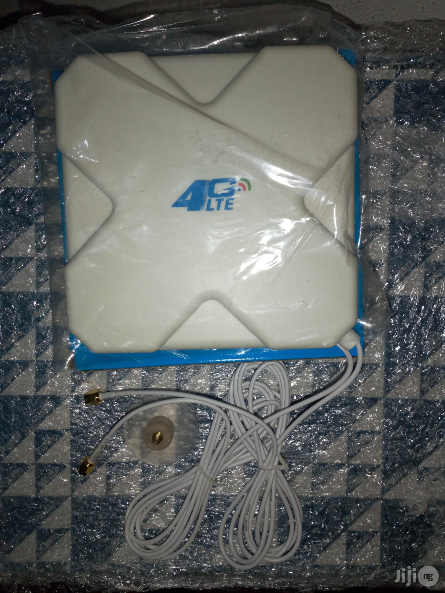 28dbi 4G 3G LTE TS9 Broadband Antenna Signal