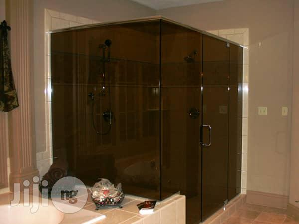 Shower Cubicle/ Shower Glass | Building & Trades Services for sale in Mushin, Lagos State, Nigeria