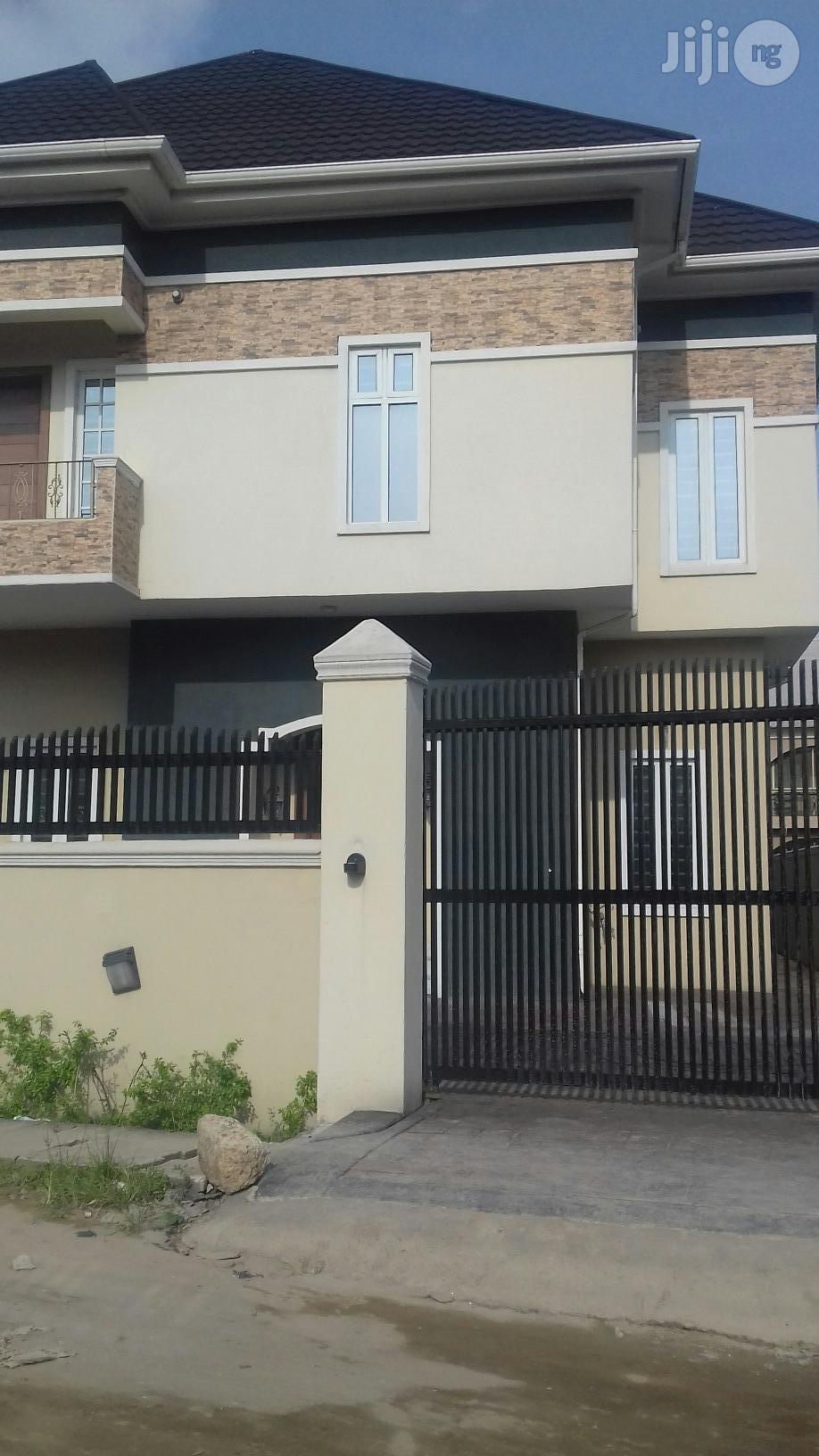 C of O,5 Bedroom Duplex, Lakeview Estate Amuwo-Odofin
