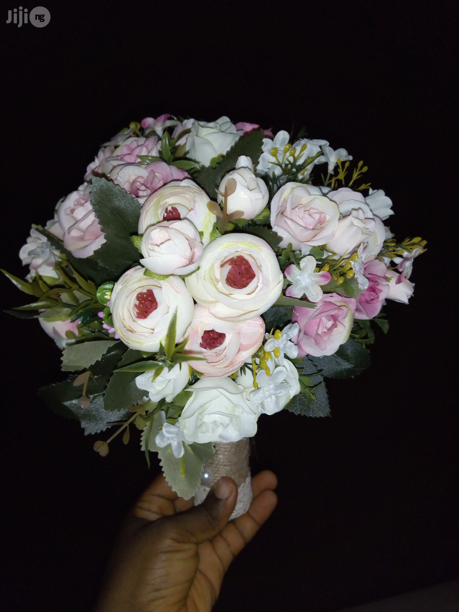 Classy Wedding Bouquets At Affordable Prices