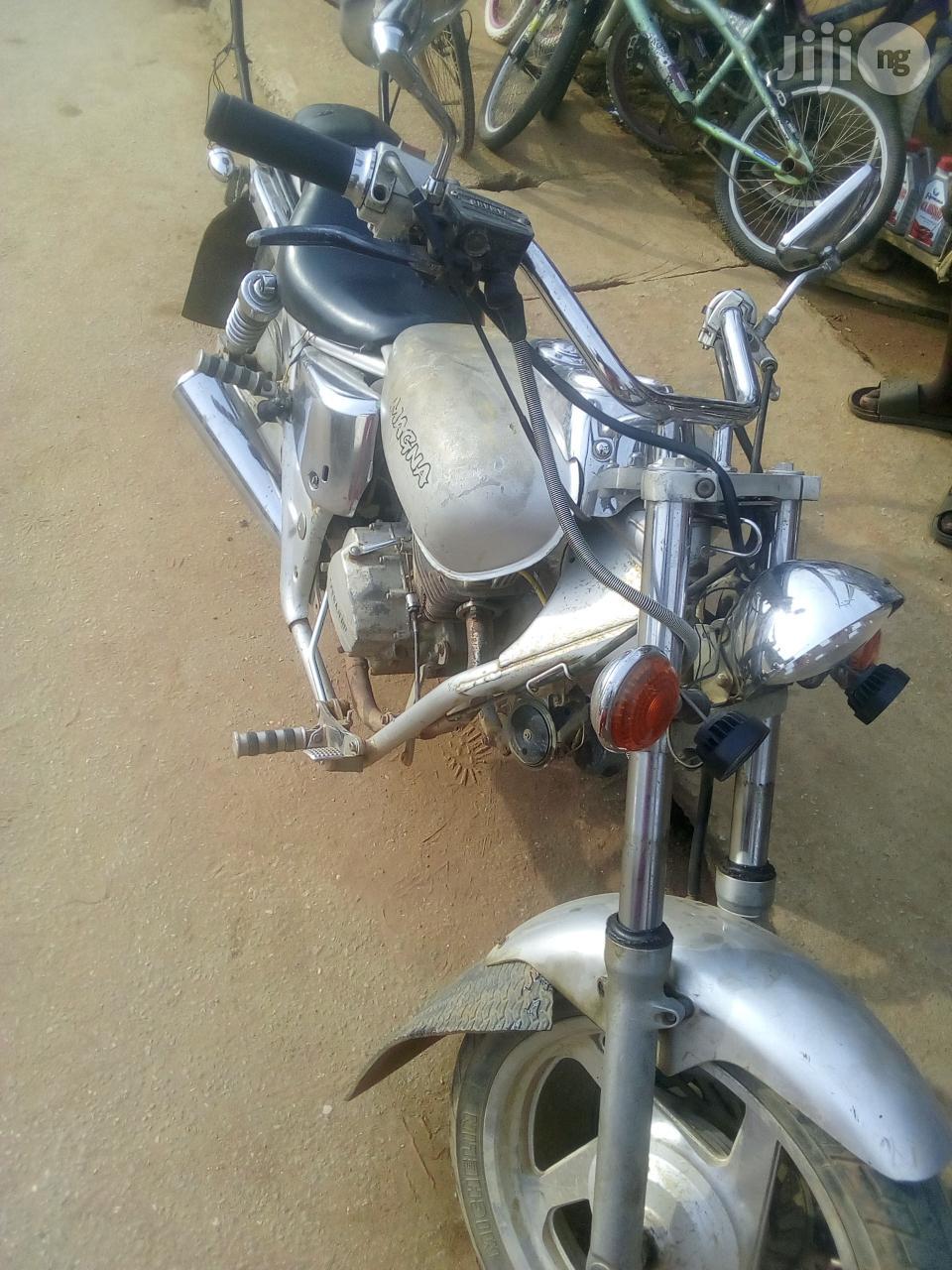 Archive: Custom Built Motorcycles Pro Street 2004 Gray