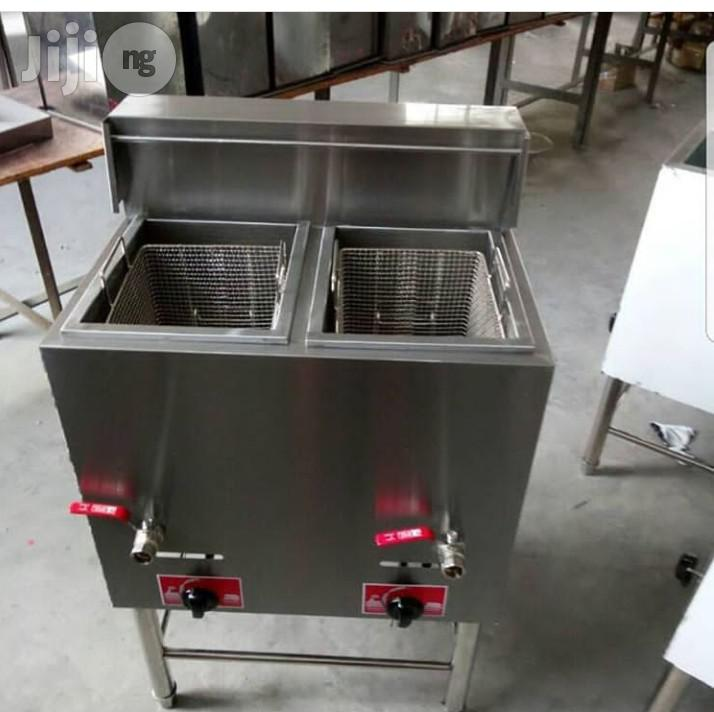 Standing Gas Deep Fryer Double Basket 20 Liters Each Basket