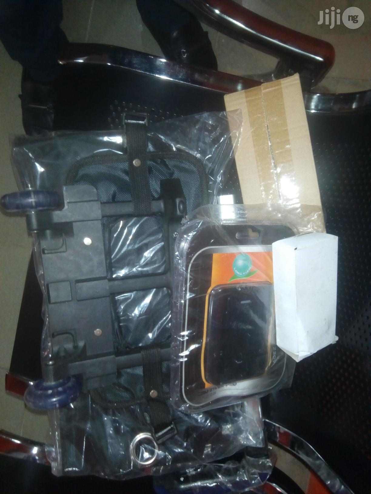 Portable Rechargeable Oxygen Concentrator | Medical Supplies & Equipment for sale in Amuwo-Odofin, Lagos State, Nigeria