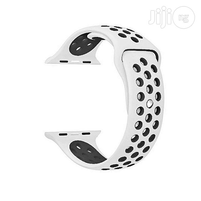 38mm and 42mm Silicone Replacement Band for Iwatch - White