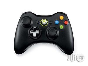 Xbox 360 Wireless Controller Black | Accessories & Supplies for Electronics for sale in Lagos State, Ikeja