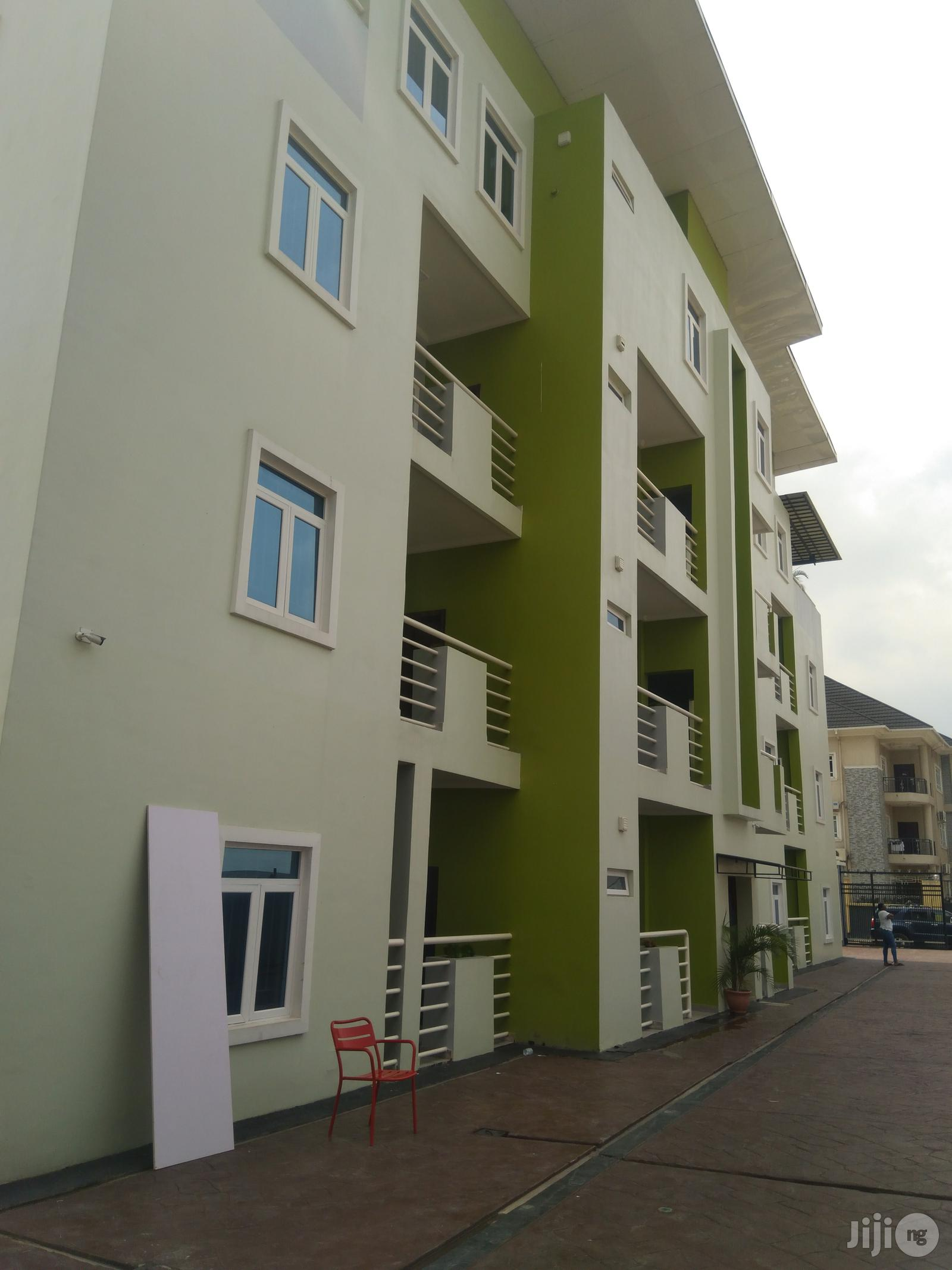 Archive: For Rent 6 Flat + BQ + 4 Bedroom P Maryland