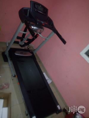 Treadmill 2.5 Hp   Sports Equipment for sale in Lagos State, Ikoyi