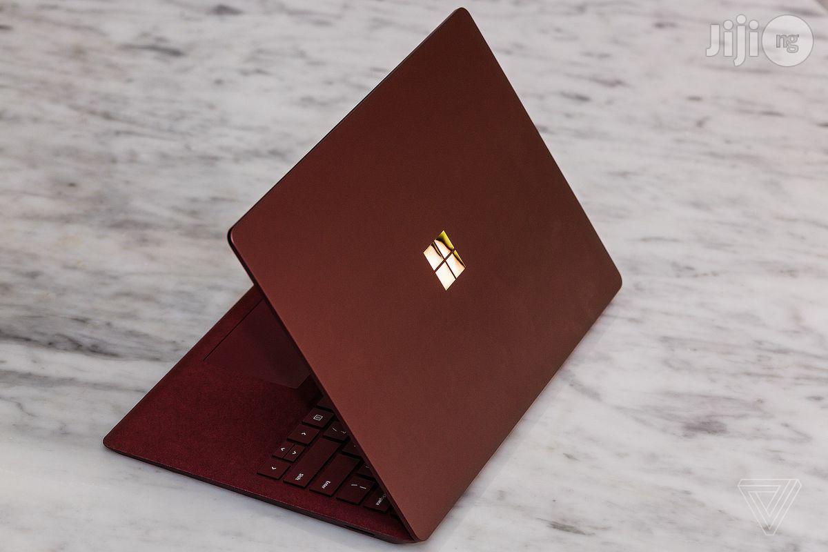 Archive: Microsoft Surface 256 GB HDD 16 GB RAM
