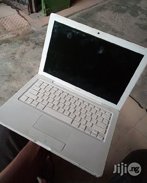 Laptop Apple MacBook 2GB Intel Core 2 Duo SSD 128GB | Laptops & Computers for sale in Lagos State, Ikeja