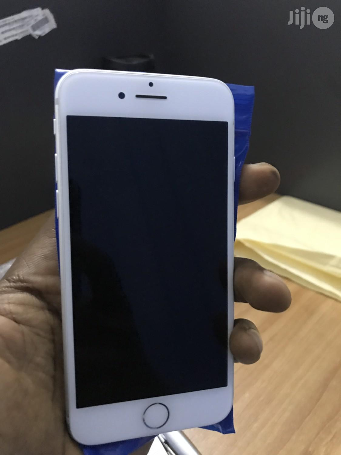 Apple iPhone 7 128 GB Silver | Mobile Phones for sale in Ikeja, Lagos State, Nigeria