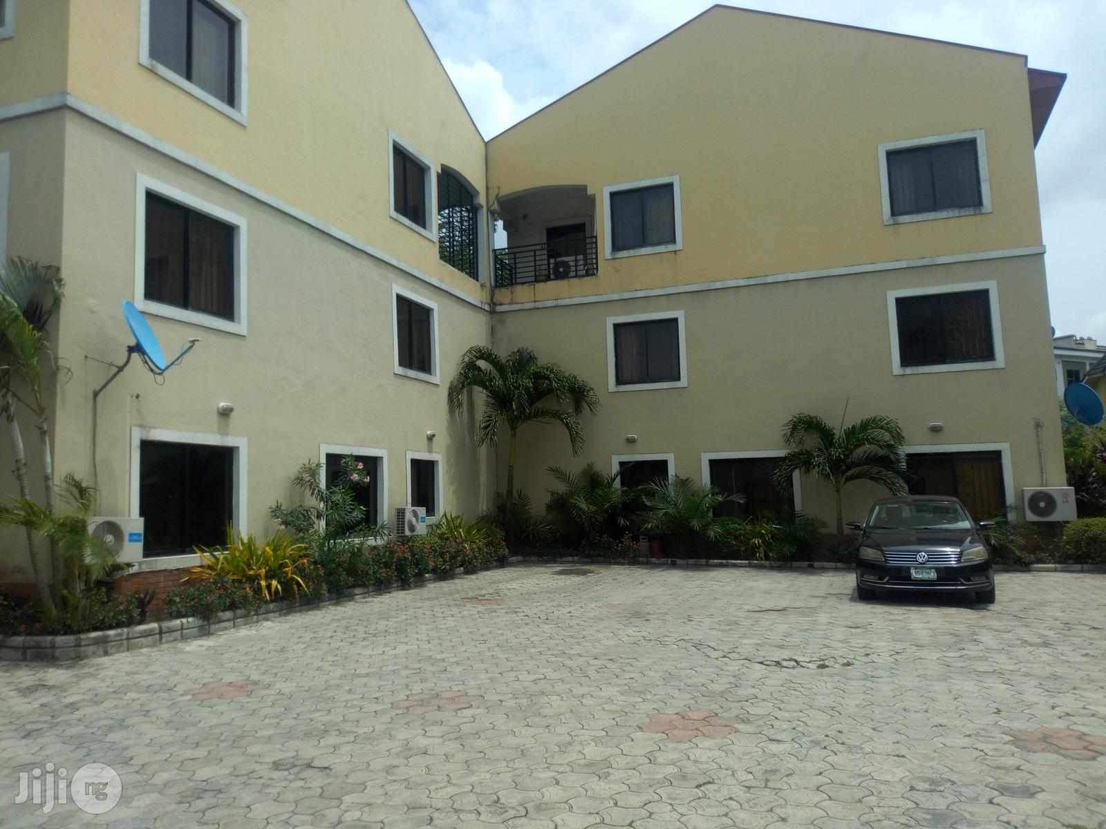 A Self Serviced 4 Bedroom Townhouse Oniru Estate, Lagos State