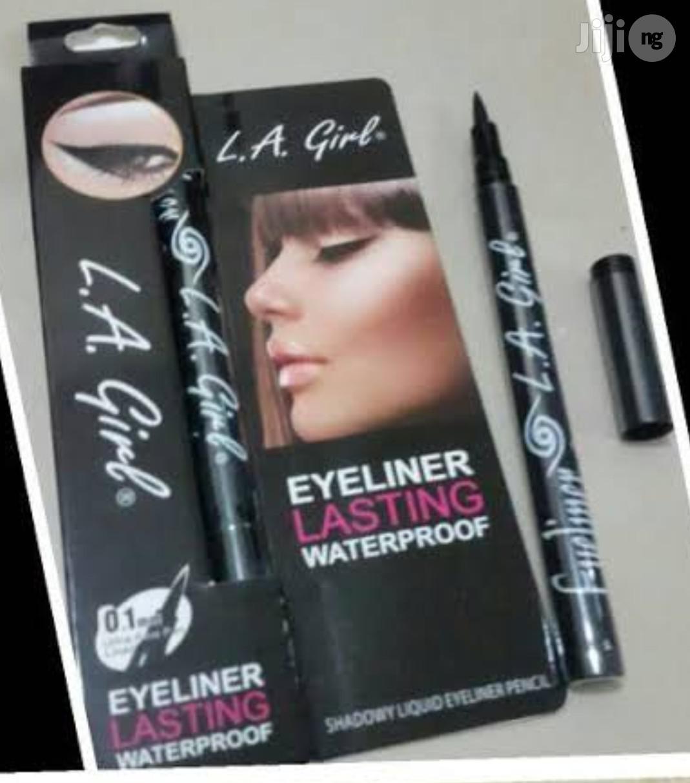 Archive: La Girl Eyeliner Waterproof Long-lasting Eyeliner - Black