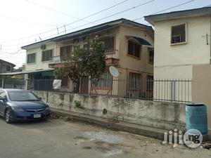 Block Of 4 Flats Of 3 Bedroom Flat At Rauf Williams Off Adelabu For Sale | Houses & Apartments For Sale for sale in Lagos State, Surulere