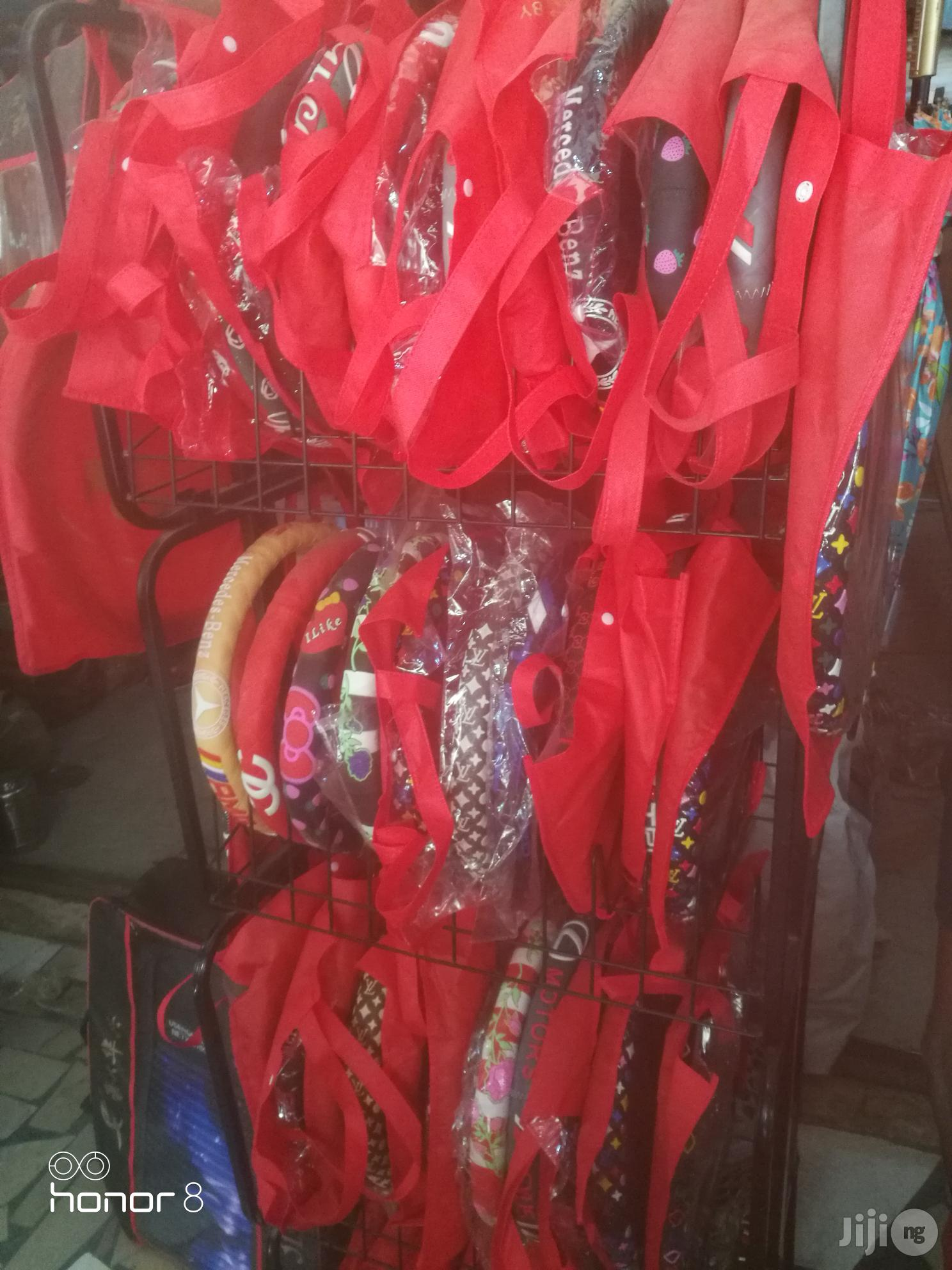 Steering Wheel Cover Orginal | Vehicle Parts & Accessories for sale in Amuwo-Odofin, Lagos State, Nigeria