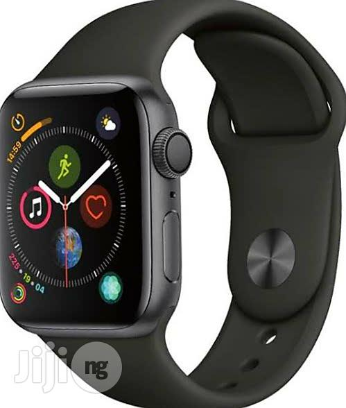 Iwatch Series 4 (40MM) GPS | Smart Watches & Trackers for sale in Benin City, Edo State, Nigeria