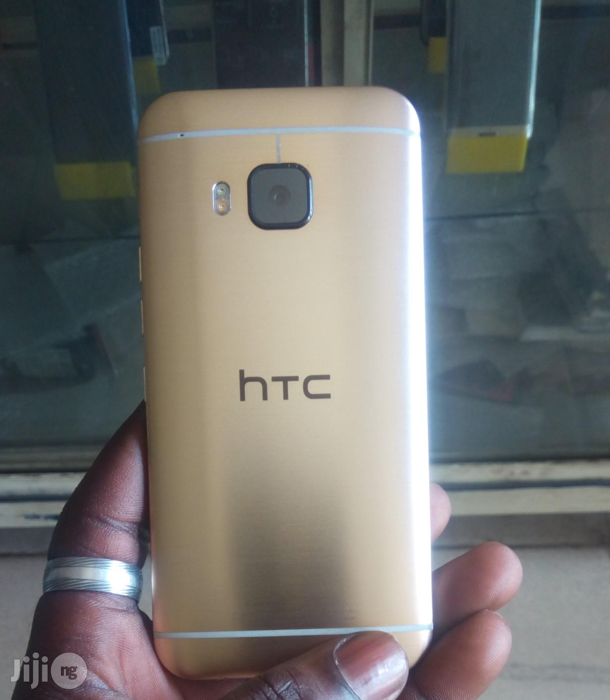 HTC One M9 32 GB Gold | Mobile Phones for sale in Ibadan, Oyo State, Nigeria