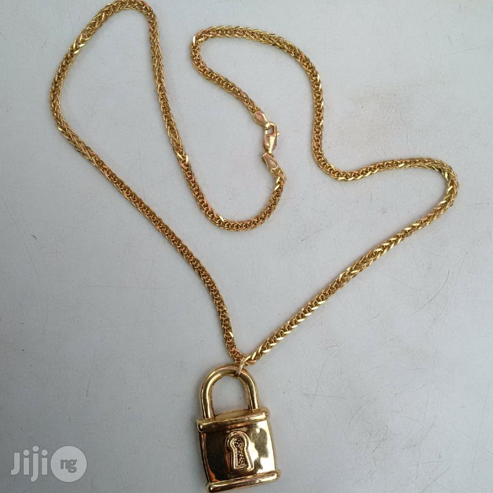 Pure ITALY 750 Solid 18krt Gold Block Twist Wit Padluck | Jewelry for sale in Lagos Island (Eko), Lagos State, Nigeria