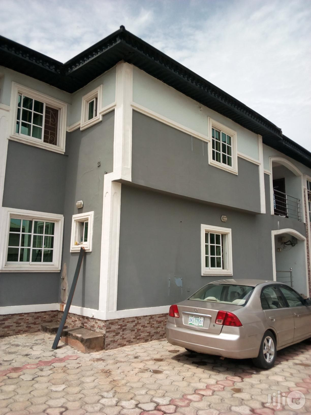Archive: Luxury 3bedrooms Flat to Let at Central Road GRA Benin City