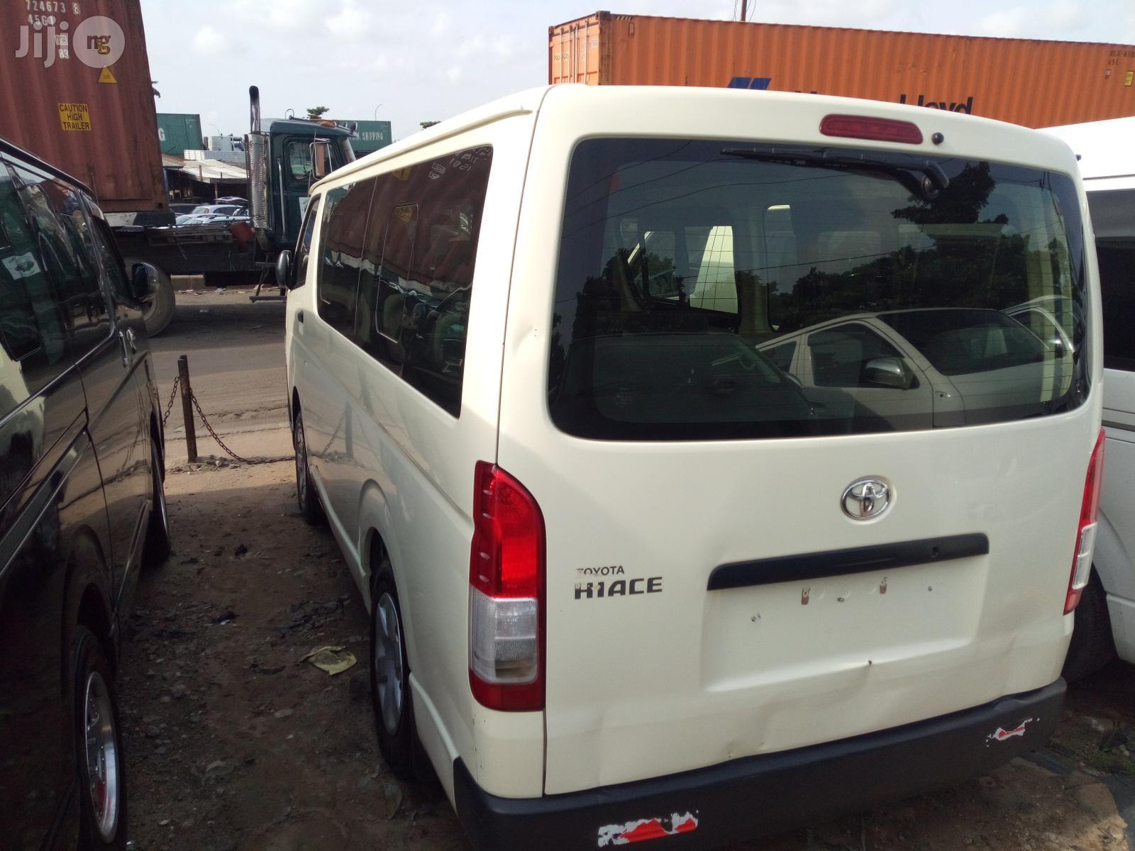 Toyota HiAce 2008 White | Buses & Microbuses for sale in Apapa, Lagos State, Nigeria