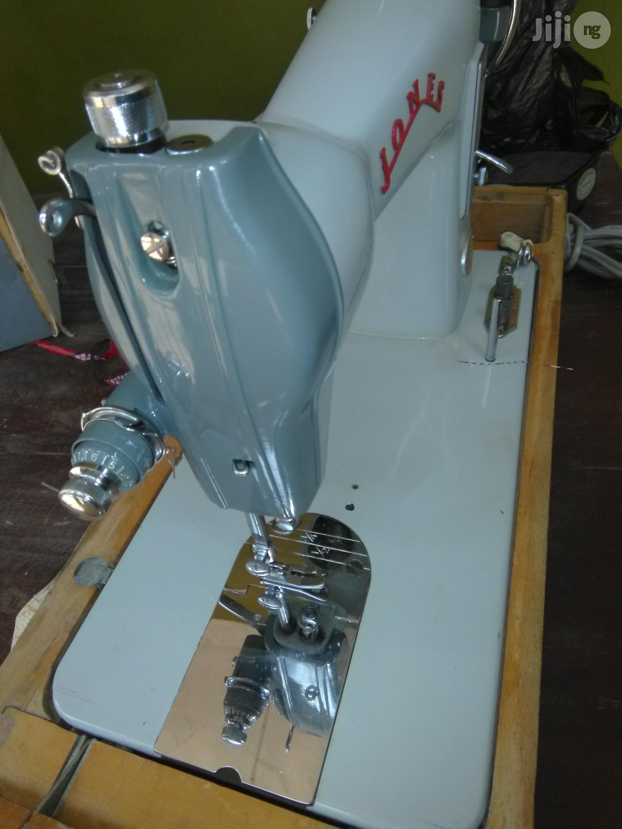 Direct Tokunbo Industrial Manual Straight Sewing Machine | Manufacturing Equipment for sale in Egbeda, Oyo State, Nigeria
