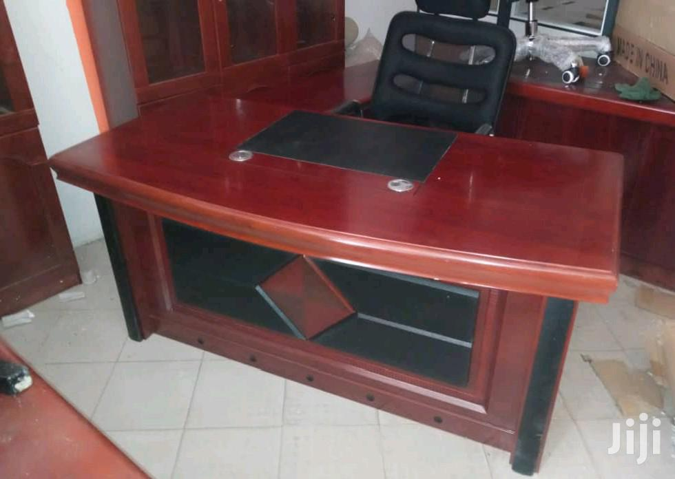 A First Class Executive Office Table