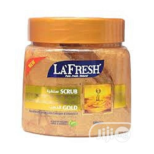 La Fresh Gold Scrub