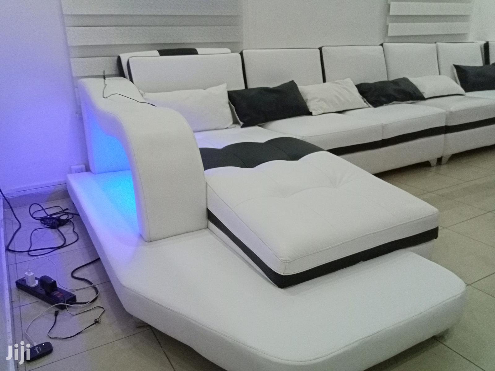 Archive: U Shaoe Sofa With LED Lights And USB Port