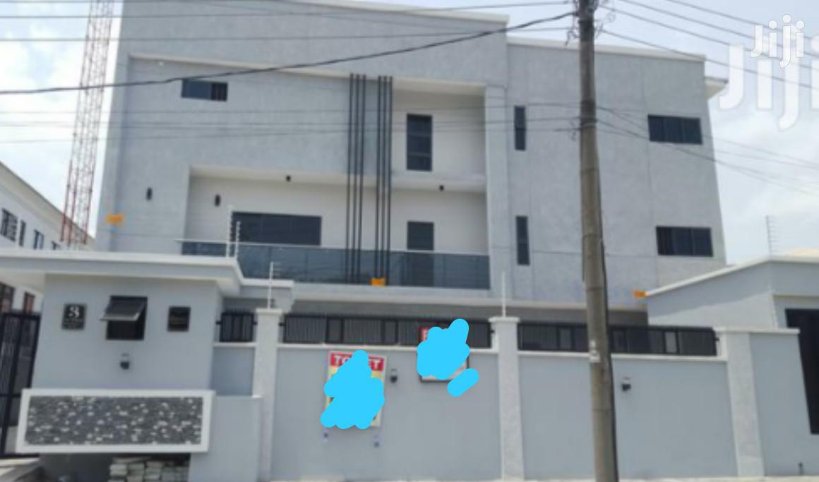Clean 5 Bedroom Terrace Duplex With 1 Bq, Swimming Pool At Lekki For Sale