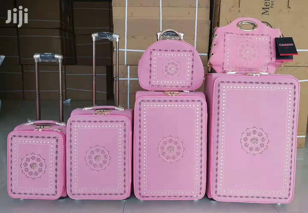 6 in 1 Luggages