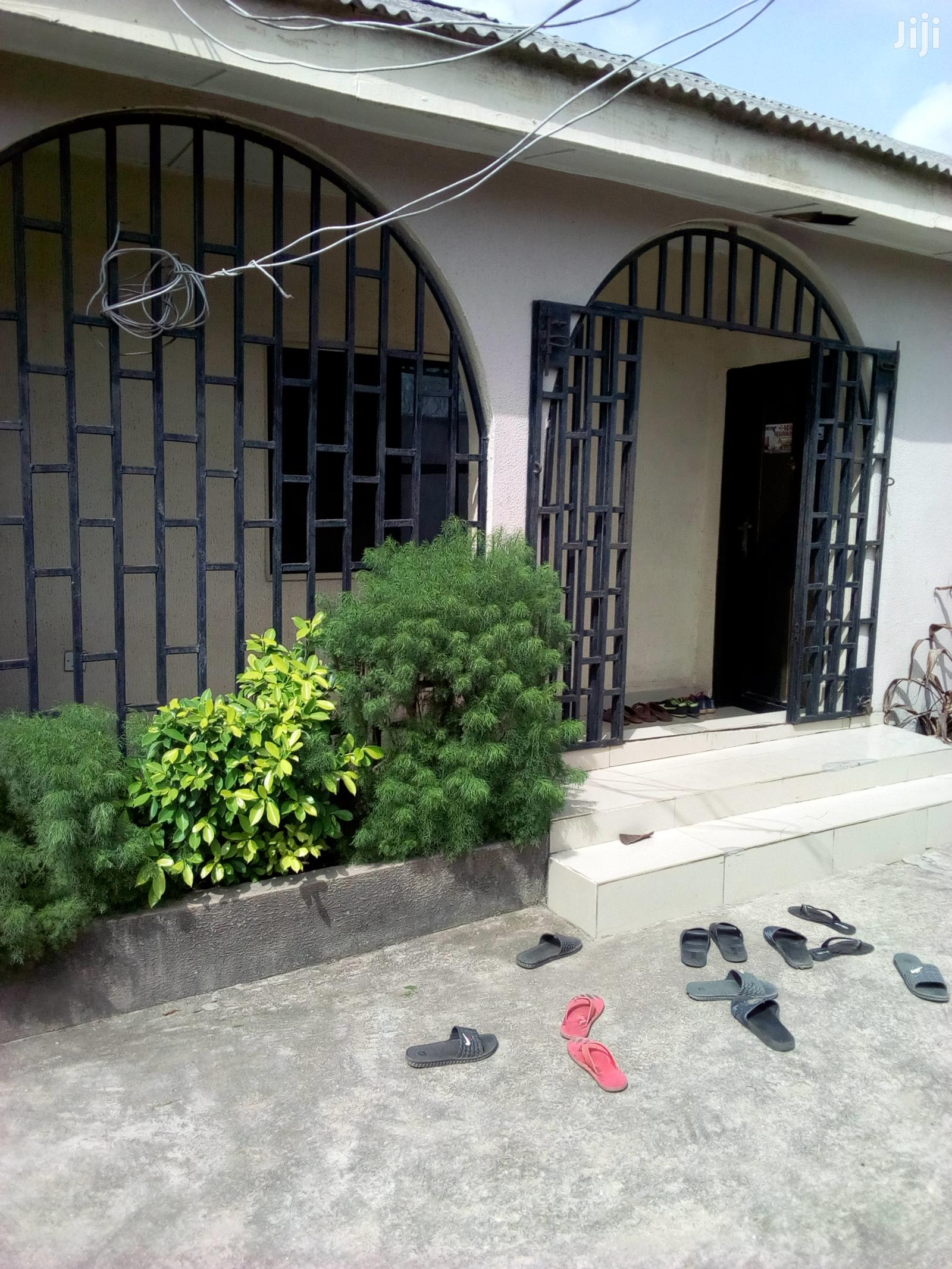 Clean 3 Bedroom Bungalow For Sale At Alaran Unity Estate Mowo Badagry. | Houses & Apartments For Sale for sale in Badagry, Lagos State, Nigeria