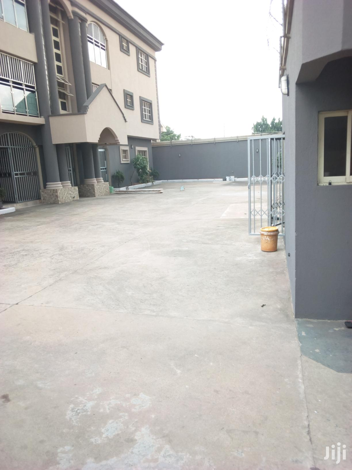 6flats To Let At Ugbor GRA Benin City | Houses & Apartments For Rent for sale in Benin City, Edo State, Nigeria