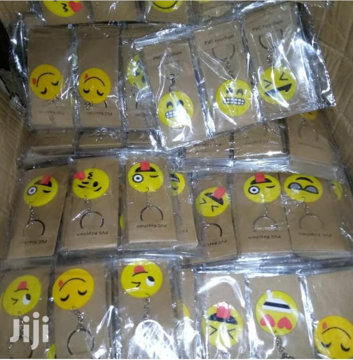 Souvenir Emoji Key Rings( Key Holder) Pack Of 10