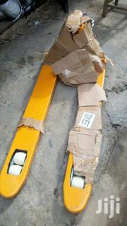 3tons Industrial Pallet Trucks | Store Equipment for sale in Lagos State, Lekki Phase 1