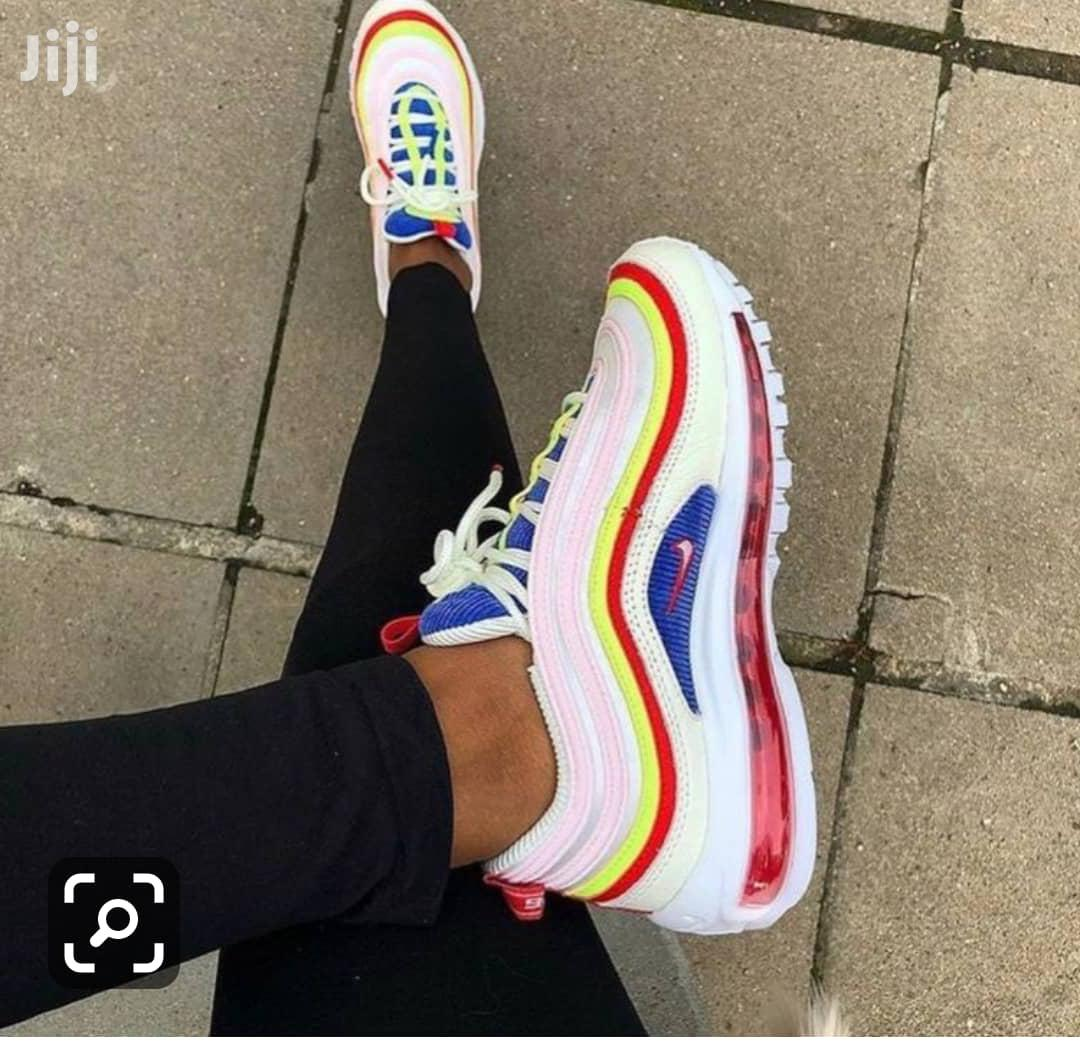Trending Unisex Sneakers   Shoes for sale in Lagos Island (Eko), Lagos State, Nigeria