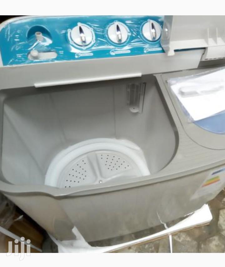 Brand New LG 7.5 Washing Machine. Wash and Spining   Home Appliances for sale in Lekki, Lagos State, Nigeria
