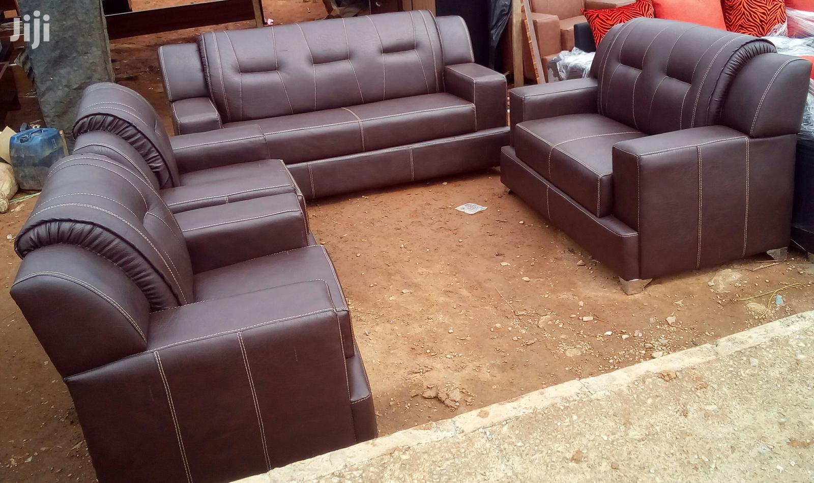 Picture of: Archive Set Of 7 Seaters Leather Sofa Chairs Couches Brown In Lagos State Furniture Prefix E Jiji Ng