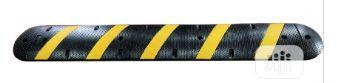 Cat Eye Yellow Strip Rubber Hump Speed Bump