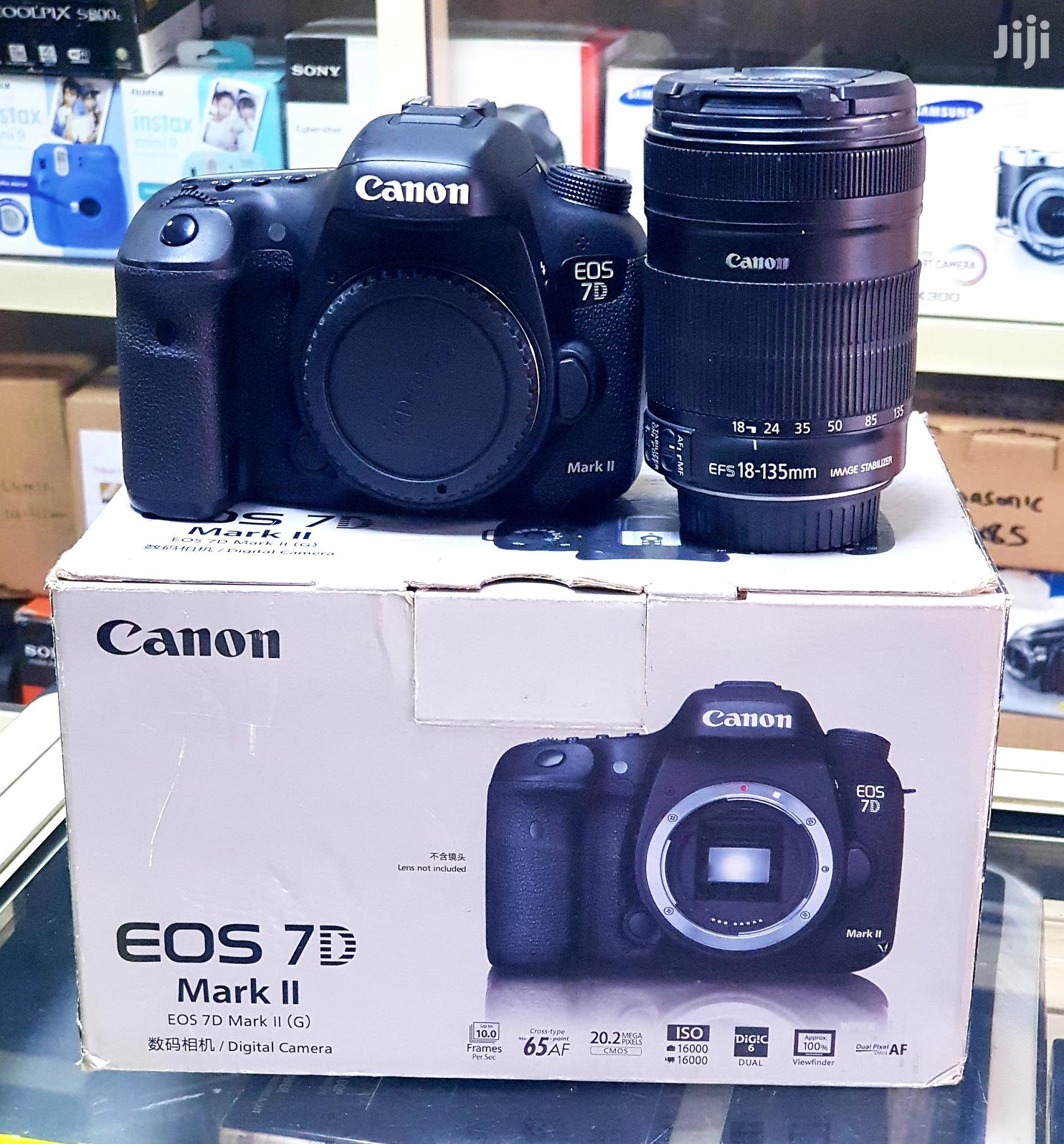 Canon DSLR Camera EOS 7D Mark II With 18-135mm Lens