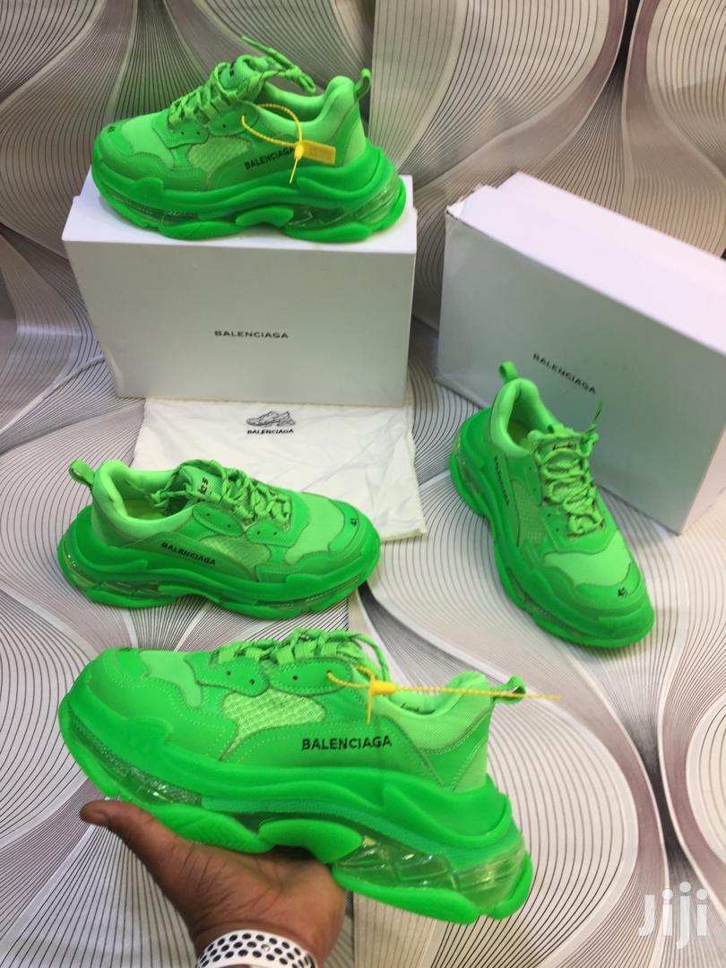 Balenciaga Mens Green Sneakers. in
