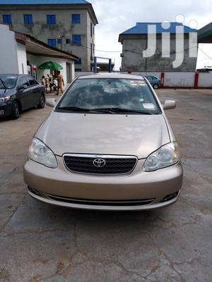 Toyota Corolla LE 2005 Gold