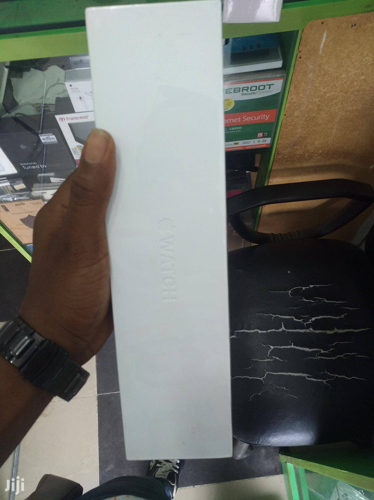 Brand New Apple Iwatch Series 4, 40mm Gsp And Cellular   Smart Watches & Trackers for sale in Ikeja, Lagos State, Nigeria