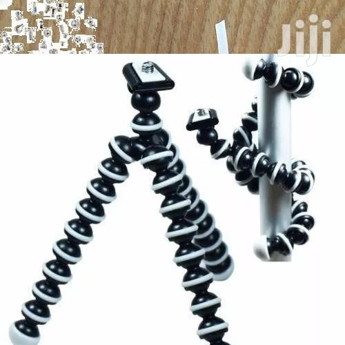 Large Flexible Octopus Tripod Stand Gorillapod For Digital Cameras | Accessories & Supplies for Electronics for sale in Surulere, Lagos State, Nigeria