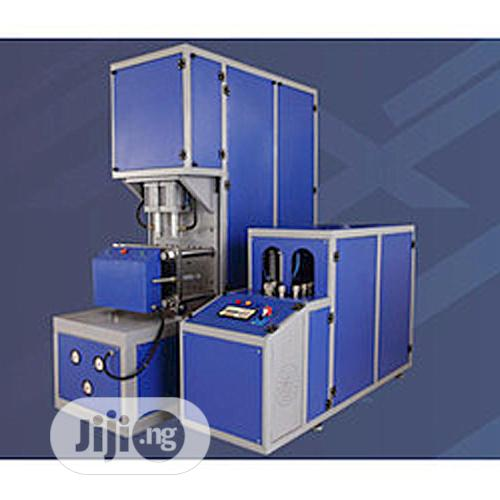 Pet Blowing Machine (Semi And Full Automatic)