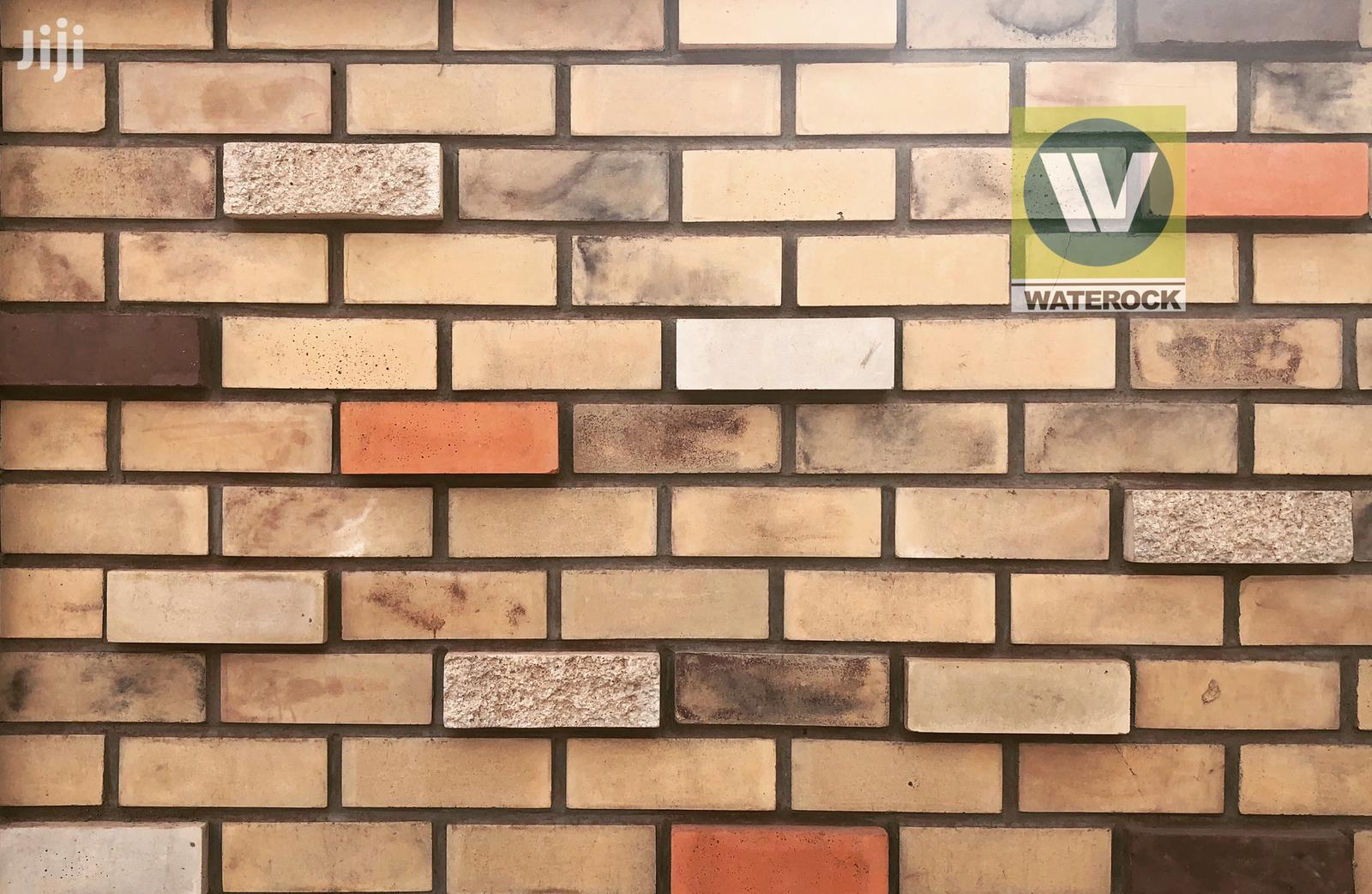 Stones And Bricks For Wall Cladding