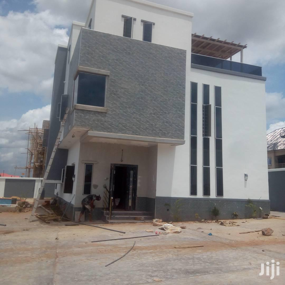 Archive: 4bedroom Duplex With Swimming Pool And Penthouse