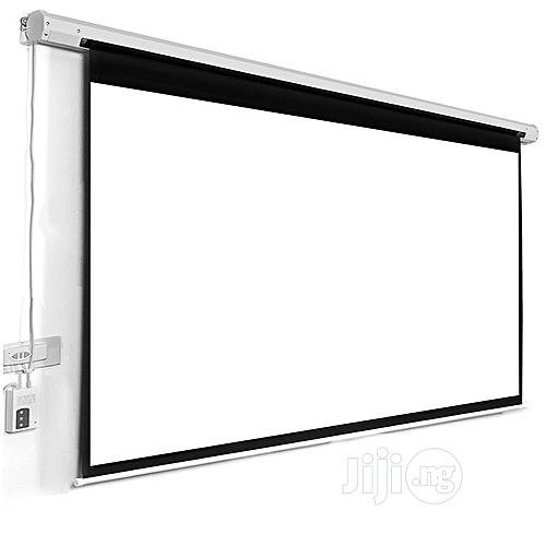 Archive: Automatic Projector Screen 72 X 72 Inches