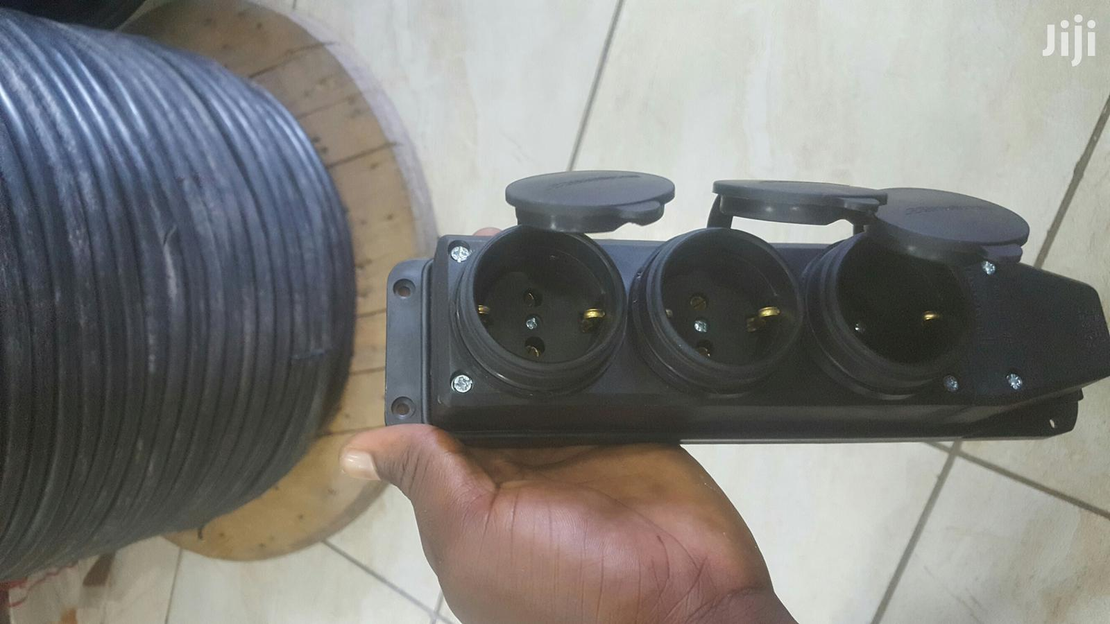Archive: 3way Socket Extension
