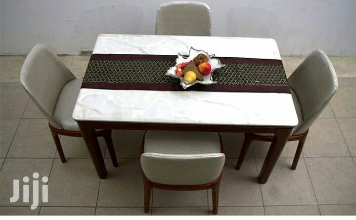 4 Seater Marble Dinning Set