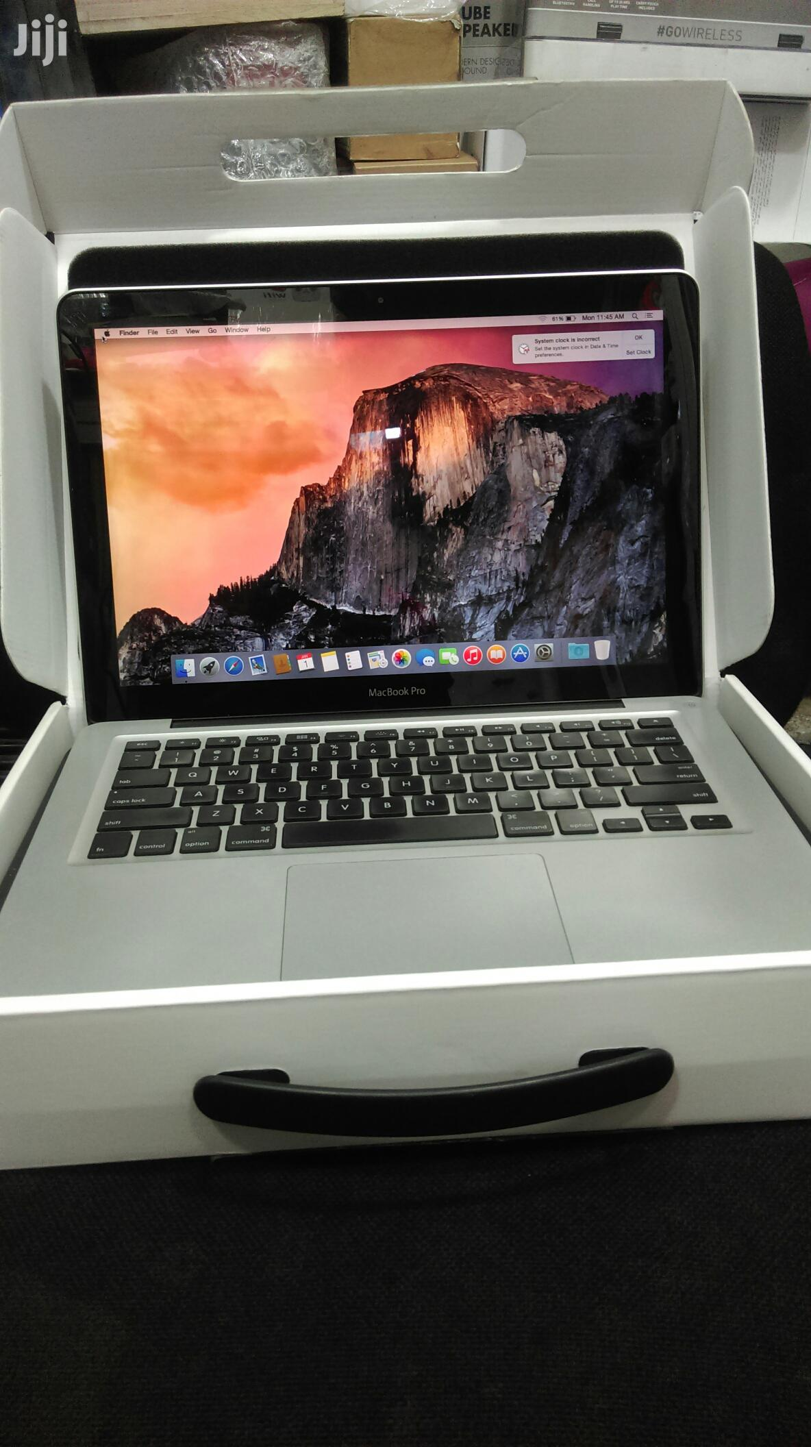 Laptop Apple MacBook Pro 4GB Intel Core I5 SSD 750GB